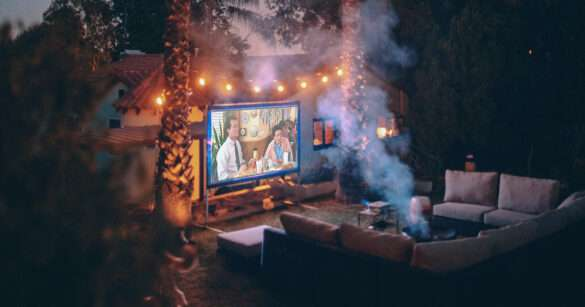 outdoor projector cinema