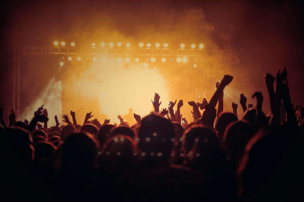 Could Streaming Jeopardize or Improve the Music Festival?